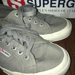 Grey Supergas
